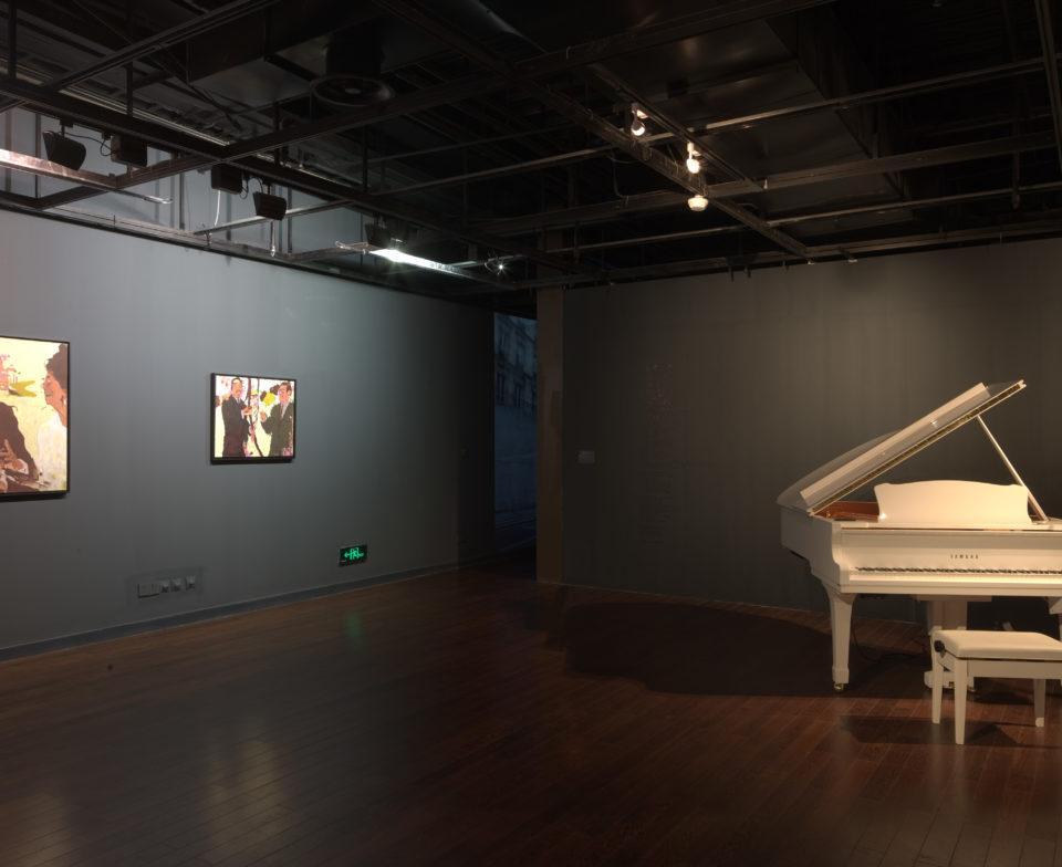 Vue d'exposition au Pavillon France - AFIF et PERROT