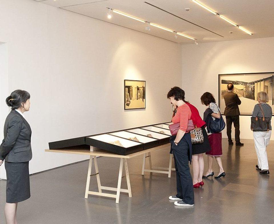 Vue d'exposition Les espaces de mémoire, 2012